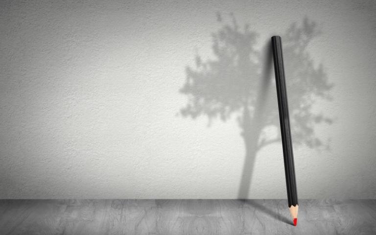 Arbre et crayon